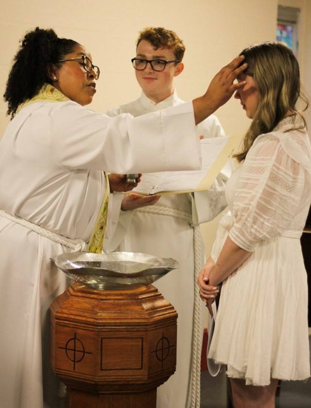 Baptism_Chrismonforehead2