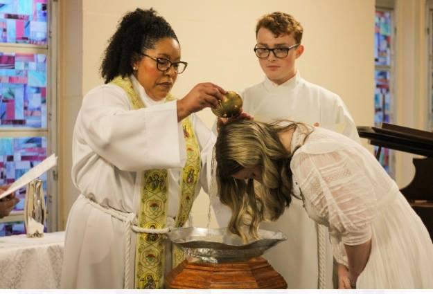 Baptism_PourWateroverHead1
