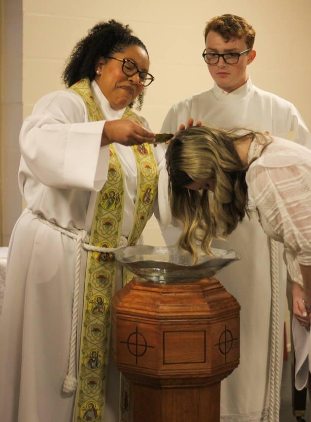 Baptism_PourWateroverHead2