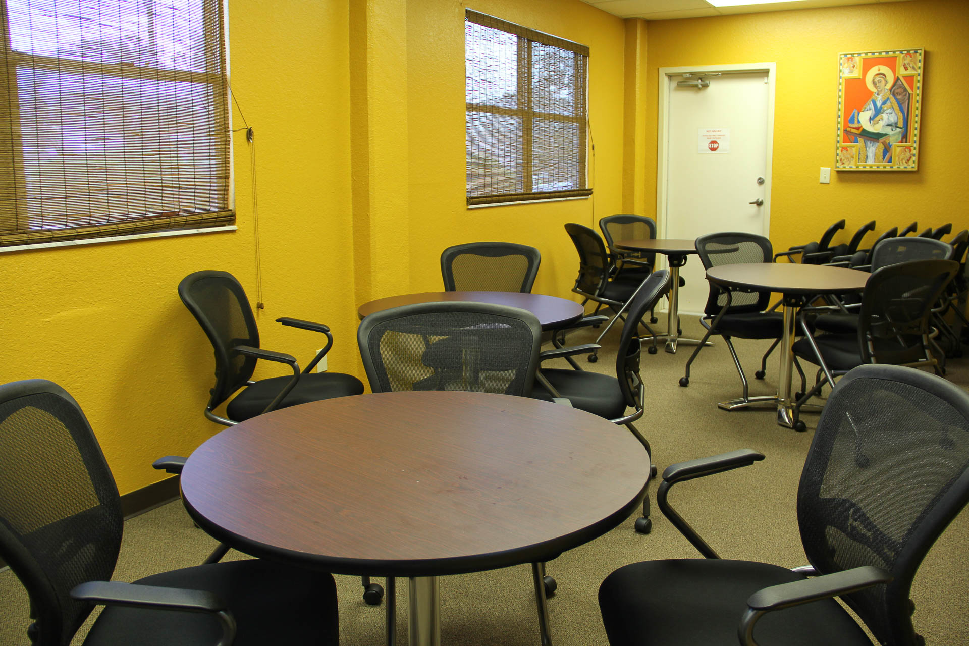 st-anselms-episcopal-center-multipurpose-room-05